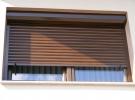 prozor s vanjskom roletom